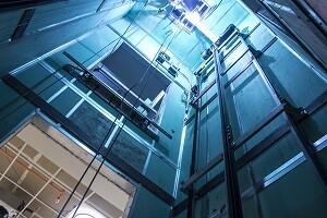 Aufzugsschacht reinigen Allessauber Kim Gebäudereinigung