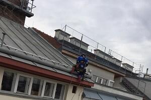 Dacharbeiten Montagearbeiten Höhenarbeiter Höhenkletterer Allessauber Kim