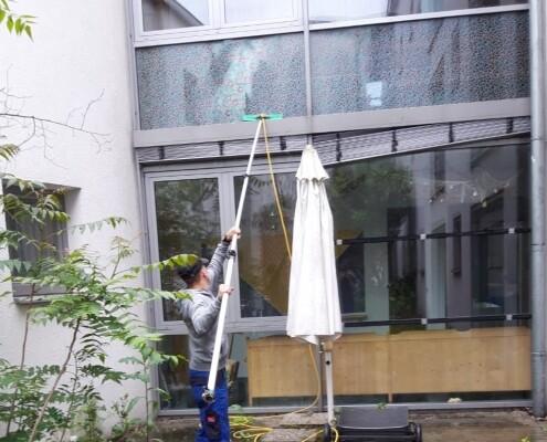 Fensterreinigung Glasfront Allessauber