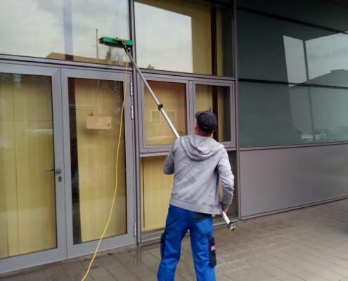 Fensterreinigung Glastür Allessauber