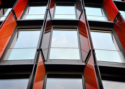 Fensterreinigung Hochhaus Haubetreuung Hausbetreuuer Hauswart Gebäudereinigung Grünflächenbetreuung Privatobjekt Allessauber Kim