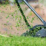 Grünflächenbetreuung Gartenservice Rasen mähen Rasenpflege Vertikutieren Rasen lüften Sähen Hecken schneiden Bewässern