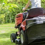 Grünflächenbetreuung Gartenservice Rasen mähen Rasenpflege Vertikutieren Rasen lüften Sähen Rasen anlegen