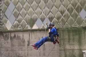 Höhenarbeiter Höhenkletterer Industrieklettern Höhenarbeiten Allessauber