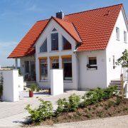 Haubetreuung Hausbetreuuer Hauswart Gebäudereinigung Grünflächenbetreuung Privatobjekt Allessauber Kim