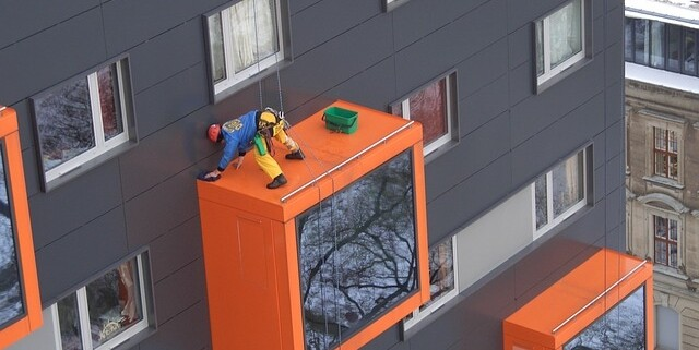 Hoehenarbeit Industrieklettern Fensterreinigung Fassadenreinigung Allessauber