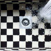 Reinigung Dusche Abfluss Drainage Gulli Deckel Rohrreinigung Allessauber