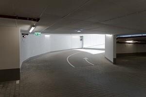 Tiefgaragenreinigung Garagenreinigung Parkhausreinigung Allessauber Kim Gebäudereinigung