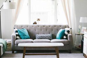 Wohnzimmer privat Wohnung reinigen Küche Reinigung Privathaushalt Esszimmer Fensterreinigung Büro putzen Warteraum ALLESSAUBER